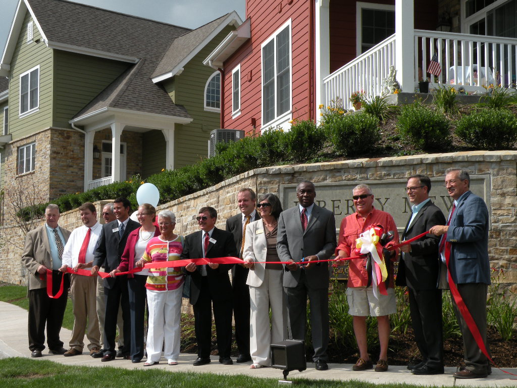 GarrettCoCAC_Liberty_Mews_LIHTCP_Ribbon_Cutting_2011_08_04.jpg